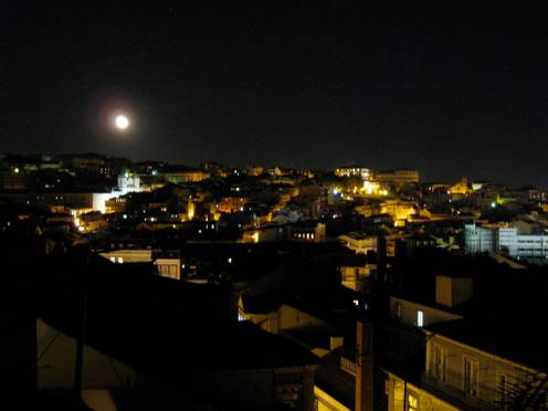 Moon over Lisbon, as seen from my street